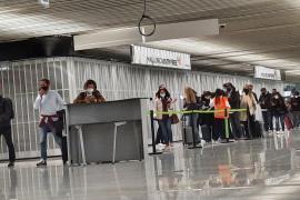 Baleares no exigirá a partir del domingo PCR a los turistas españoles vacunados