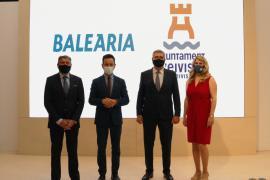 Vila presenta la campaña 'Vuelve a sentir Ibiza' y renueva su convenio con Baleària