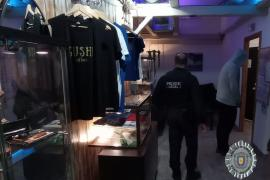 Sant Antoni decreta el cierre cautelar de dos locales de asociaciones de fumaderos
