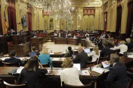 El Constitucional admite el recurso del Parlament a los PGE por no atender la insularidad de Baleares