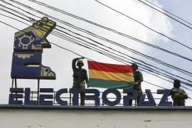Evo Morales anuncia la nacionalización de dos distribuidoras  de electricidad subsidiarias de Iberdrola
