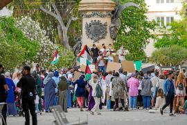 Vara de Rey acoge una concentración solidaria con el pueblo palestino