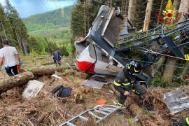 Un niño de 5 años, único superviviente en el accidente del teleférico en Italia