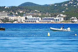 Vuelven a cortar balizamientos en la costa de Sant Josep