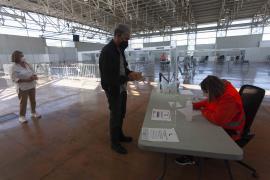 Vacunación en Baleares: Medio millón de dosis contra la COVID 'pinchadas'
