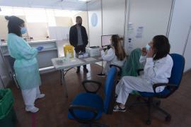 El Área de Salud de Ibiza y Formentera vacunará a 8.500 personas hasta el 1 de junio