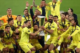 El Villarreal, campeón de la Liga Europa al imponerse al Manchester United en un tanda de 22 penaltis