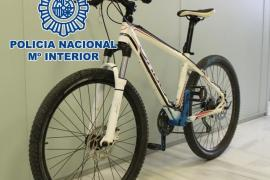 Pillado por vender por internet la bici que había robado de un garaje 24 horas antes