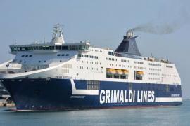 APB concede a la empresa naviera Grimaldi licencia para operar durante un año en tres puertos de Baleares
