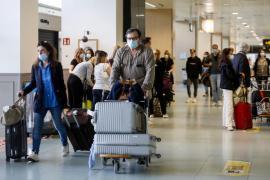 El aeropuerto de Ibiza recibirá este fin de semana 480 vuelos