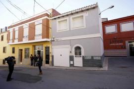Una mujer muere degollada por su expareja en Valencia