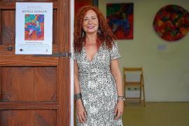 Marga Guasch expone sus abstracciones matéricas en Can Portmany