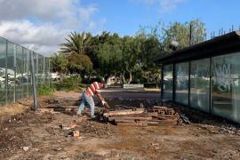 Vila inicia los trabajos para adecuar el kiosco del paseo Juan Carlos I