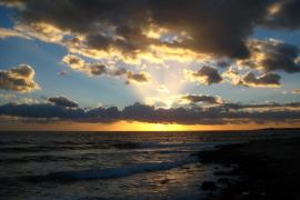 Puesta de sol en la playa de Sa Ràpita