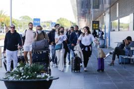 El TSJB exime a los españoles tengan que justificar por qué entran en Baleares