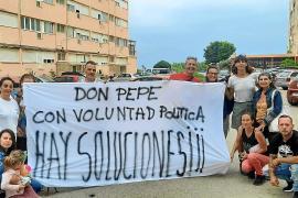 Movilización vecinal para evitar los desahucios del Don Pepe