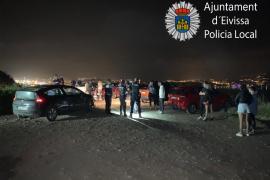 La Policía Local de Ibiza interviene tres botellones e interpone 45 denuncias este sábado