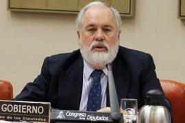 Arias Cañete: «Me como un yogur caducado y no me sienta mal»