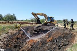 Extinguen una quema descontrolada junto al Hipódromo de Sant Rafel