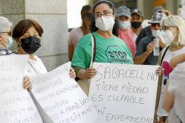 Concentración en Ibiza contra el desahucio de Amparo