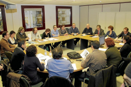Bosch se compromete a mantener el número de docentes y sus retribuciones