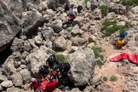 Herido un joven de 17 años tras sufrir una caída de tres metros en ses Salines
