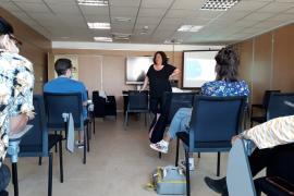 El Observatorio del Suicidio forma una veintena de profesionales en Ibiza