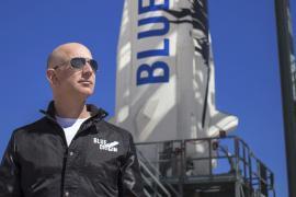 El multimillonario y fundador de Amazon, Jeff Bezos