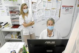 Salut abre la vacunación a los cerca de 200.000 desplazados a Baleares