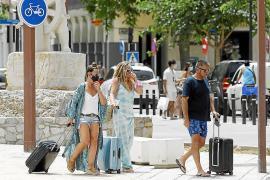 El Reino Unido se plantea añadir a Ibiza y Formentera en la lista verde de viajes