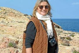 Nora Albert presenta su traducción del poemario 'Residències hivernals'