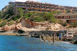 Sant Joan afirma que los promotores del complejo de Xarraca no pueden crear un embarcadero en la zona