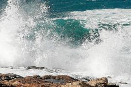 El 112 vivió ayer una jornada tranquila en Eivissa a pesar del fuerte viento
