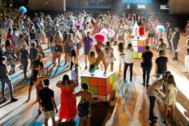 Esperanza, prudencia y euforia en el estreno del ocio nocturno en Ibiza