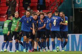Italia da el salto a cuartos