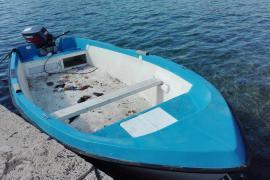 Interceptan a 18 personas a bordo de una patera en Cabrera