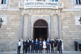 El Govern catalán recibe a los indultados en el Palau de la Generalitat