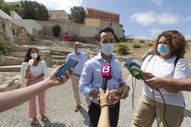 La presentación de la compra del solar del antiguo hospital en Dalt Vila por el Ayuntamiento de Ibiza, en imágenes.