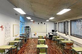 Los educadores sociales defienden que no se sustituya su trabajo en las aulas