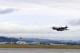 Al menos 45 muertos y 49 heridos al estrellarse un avión militar en el sur de Filipinas