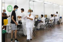 Uno de cada cuatro jóvenes de Ibiza y Formentera, vacunados al menos con una dosis
