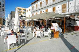 Las terrazas de Sant Antoni podrían volver a los horarios de 2012 hasta septiembre