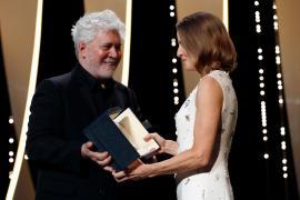 Leos Carax y Jodie Foster 'encienden' el regreso de Cannes por todo lo alto