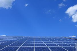 El boom de las placas solares agrava el problema con el amianto en Baleares