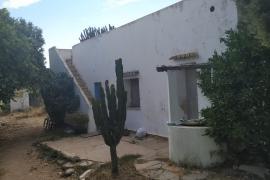La Guardia Civil inspecciona una casa de Sant Antoni siguiendo el rastro de Nuria Ester
