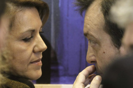 Cospedal anuncia que presentará una acción judicial individual en una semana