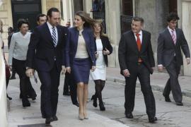 Bauzá felicita a la princesa Letizia  por su compromiso con los afectados por enfermedades raras