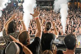 Las grandes discotecas de Baleares ven «casi imposible» abrir este verano
