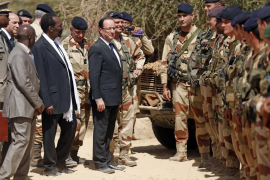 El presidente francés viaja a Mali para visitar a las tropas galas