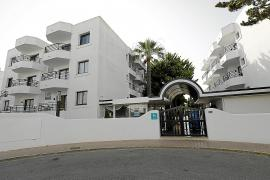 El Govern busca un segundo hotel puente en Ibiza ante el incremento de contagios
